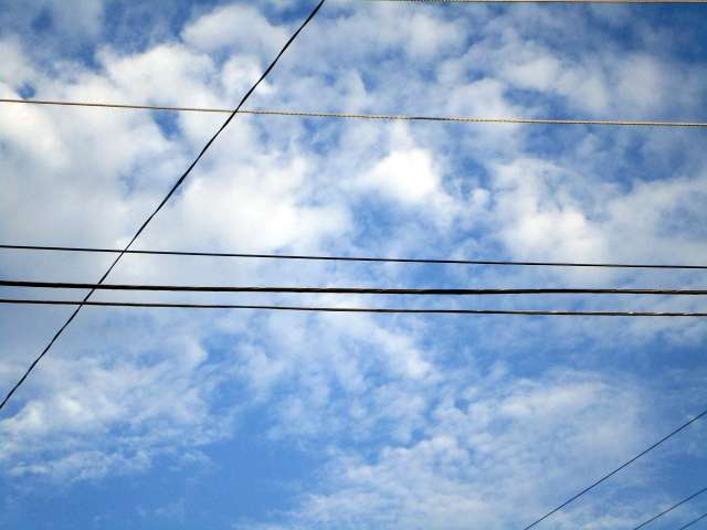 clouds-wires-IMG_8604.JPG