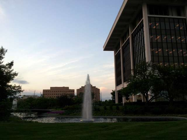 horace-mann-fountain-20130521_195657.jpg
