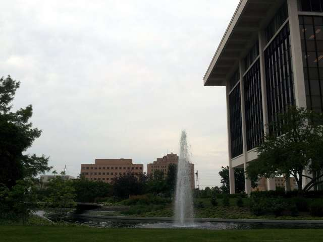 horace-mann-fountain-20130605_190035.jpg