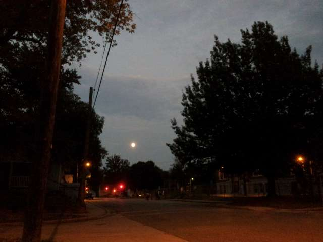 moonrise-over-oberlin-20130918_191927.jpg