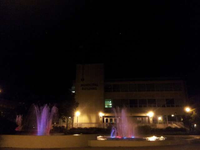 municipal-fountains-20131011_192708.jpg