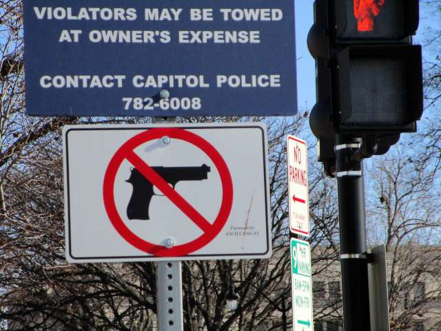 no-gun-sign-IMG_2496.JPG
