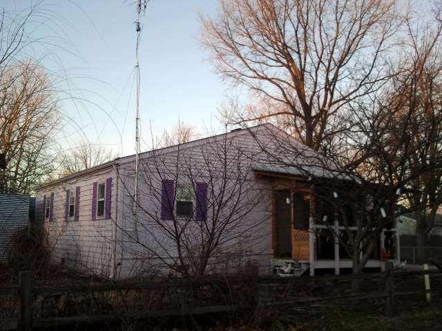 purple-house-2012-02-12.jpg