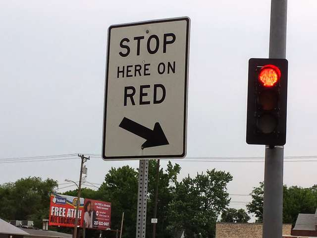 stop-here-on-red-20140531_183006.jpg