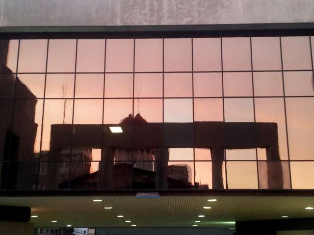 sunset-old-state-capitol-reflected-chase-bank-20130617_202610.jpg