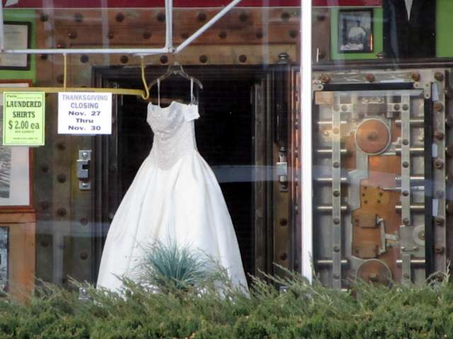 wedding-dress-IMG_1265.JPG